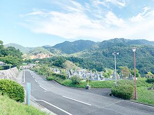兵庫県西宮市にあるお墓、市立白水峡霊園